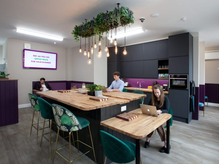 Pay-as-you-go office space